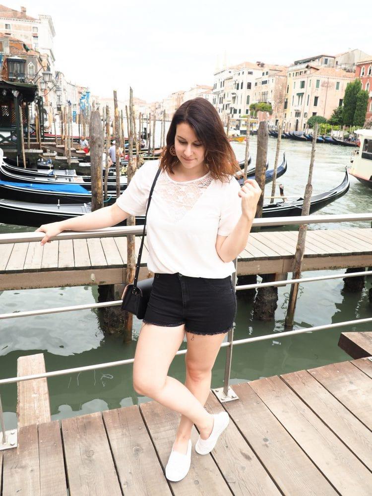 Outfit – Black & White Venecia