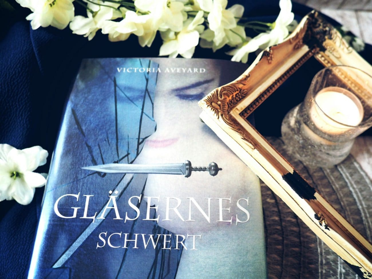Bookish Monday – Gläsernes Schwert [Review]