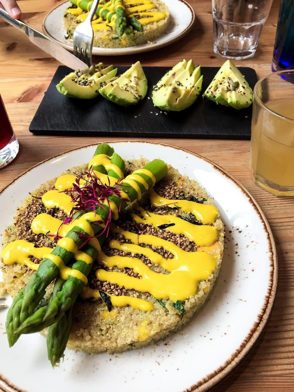 London: Vegetarian & Vegan Foodguide - Seven & Stories
